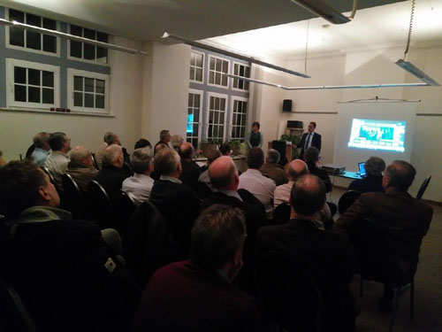 Maasmechelen - Jeudi 17 novembre 2016, trois scientologues ont assisté à une réunion du club «Kamer van Maas en Kempen»