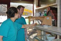 Les volontaires de l'association belge Dites Non à la Drogue sont retournés à Molenbeek